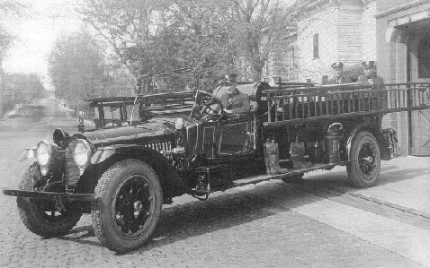 CIRCA 1920 NASH QUAD 4 FIRE TRUCK
